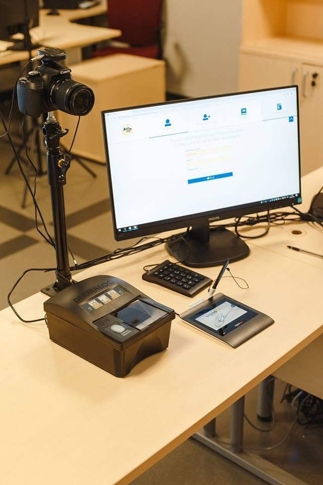 Відтепер у Вінниці оформити ID-картку можна в Прозорих офісах (Фото)
