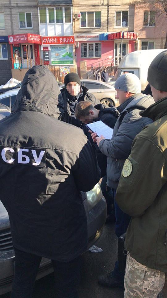 У Вінниці затримали двох перевертнів у погонах (Фото)