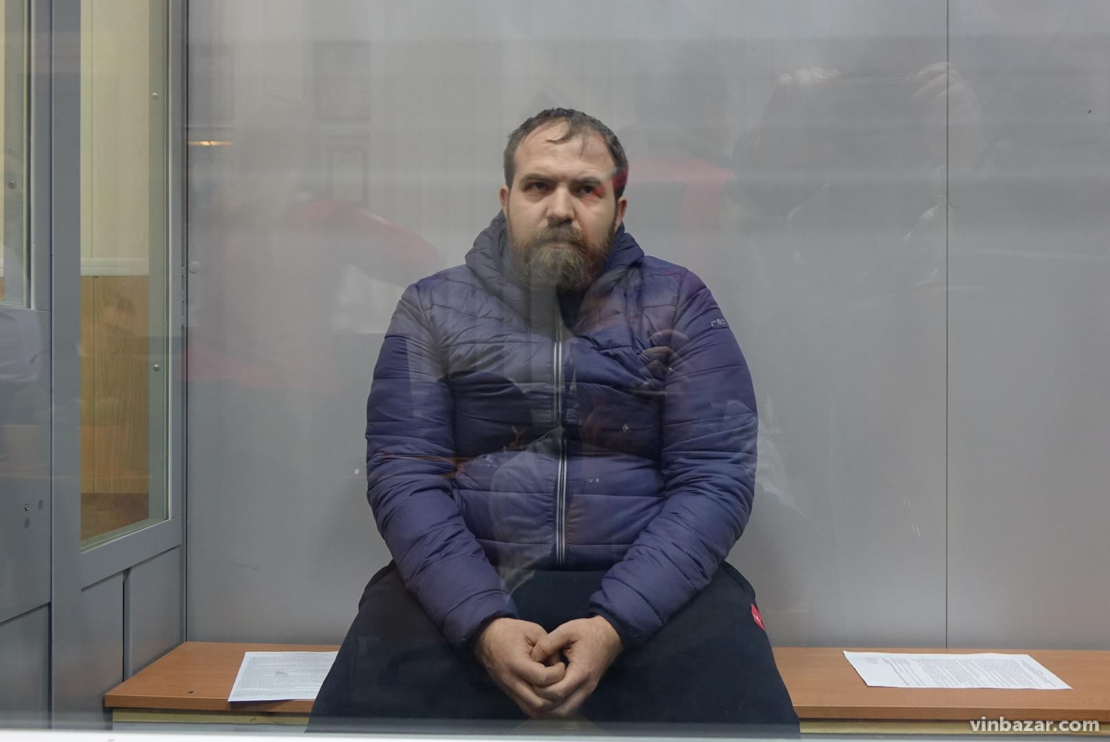 У Вінниці чоловіку, якого звинувачують у вбивстві сім'ї з 4 людей, обирають запобіжний захід (Оновлюється)