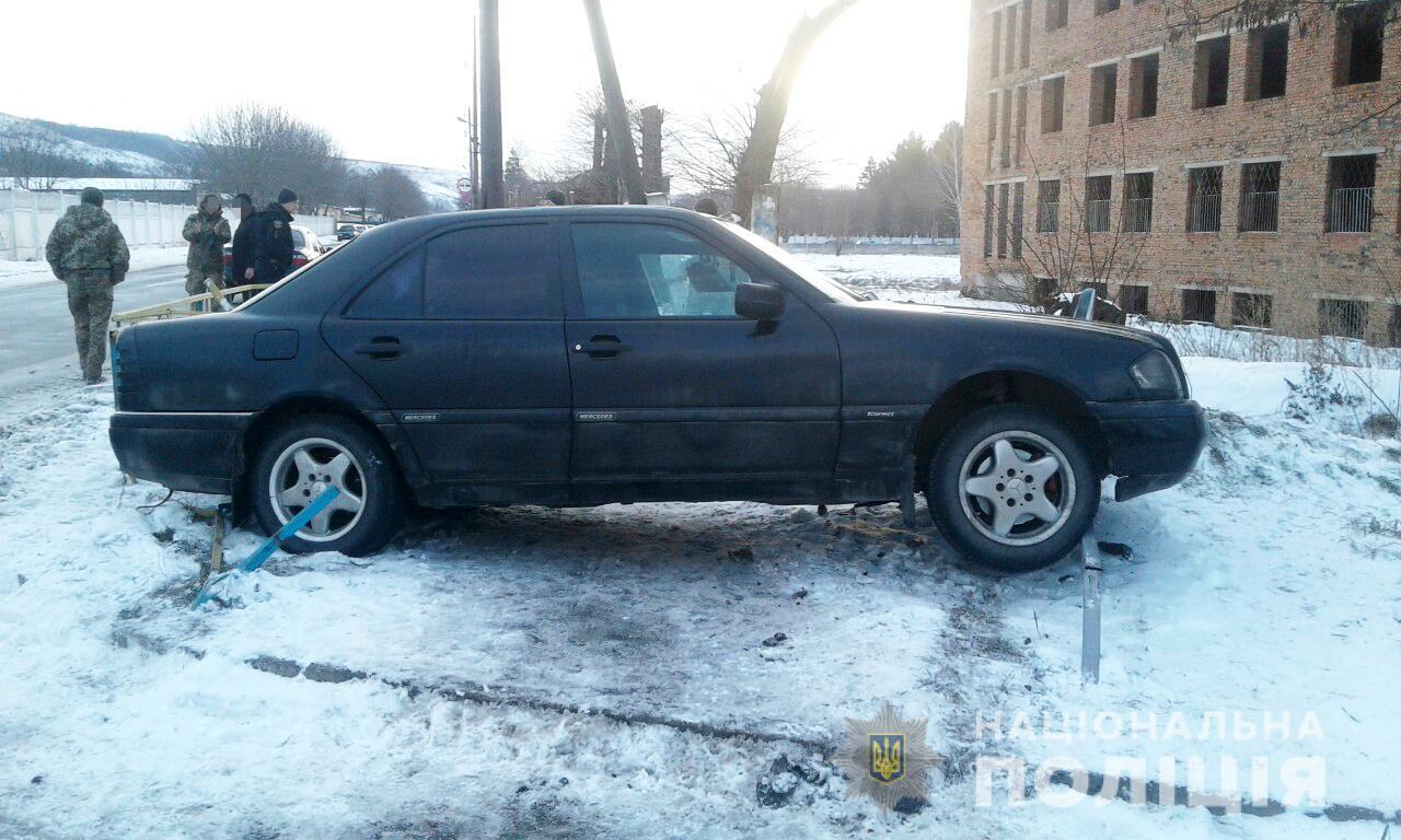 На Вінниччині автомобіль травмував пішохода, який йшов по тротуару (Фото)