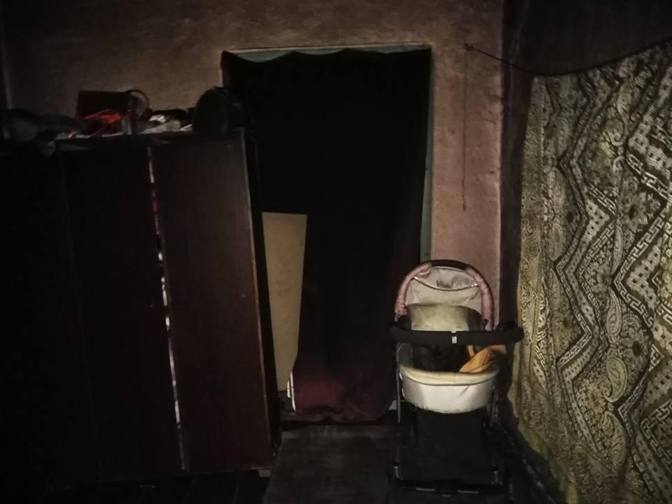 На Вінниччині, поки мати ходила до магазину, вчаділо двоє дітей. Подробиці трагедії (Фото)