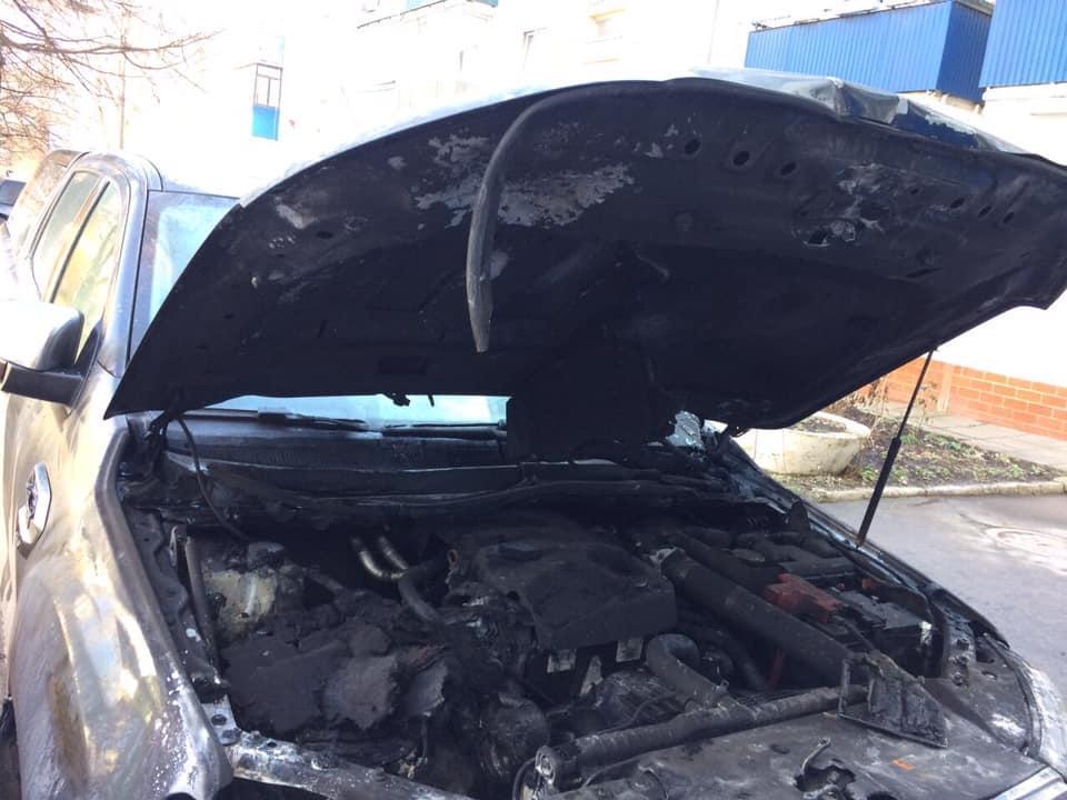 На Вінниччині фермерам спалили два автомобілі (Фото)