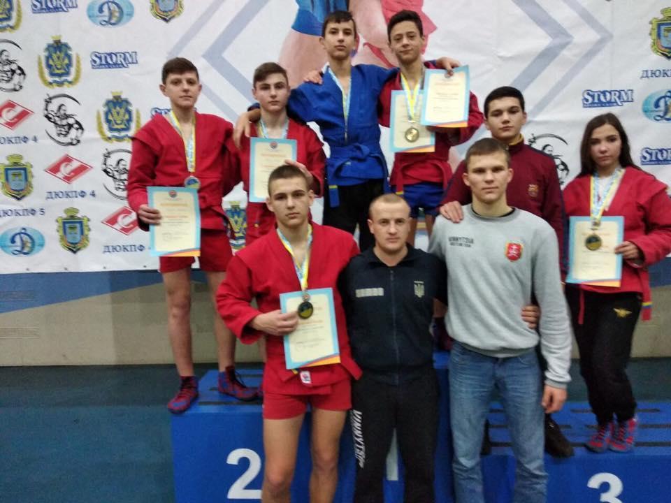 Вінничани вибороли срібні та бронзові медалі на чемпіонаті України з самбо (Фото)