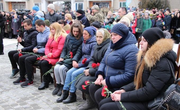У Гайсині відкрили меморіальний комплекс Алеї Слави загиблим воїнам 59 бригади (Фото)