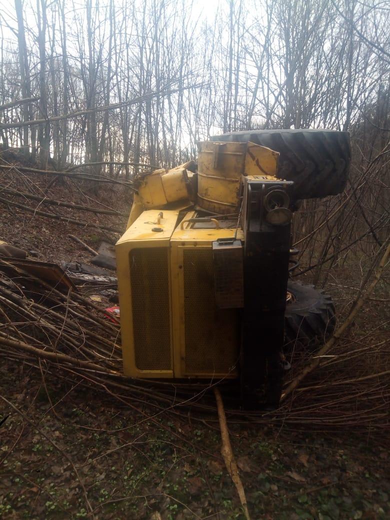 На Вінниччині перекинувся трактор «К-700» (Фото)