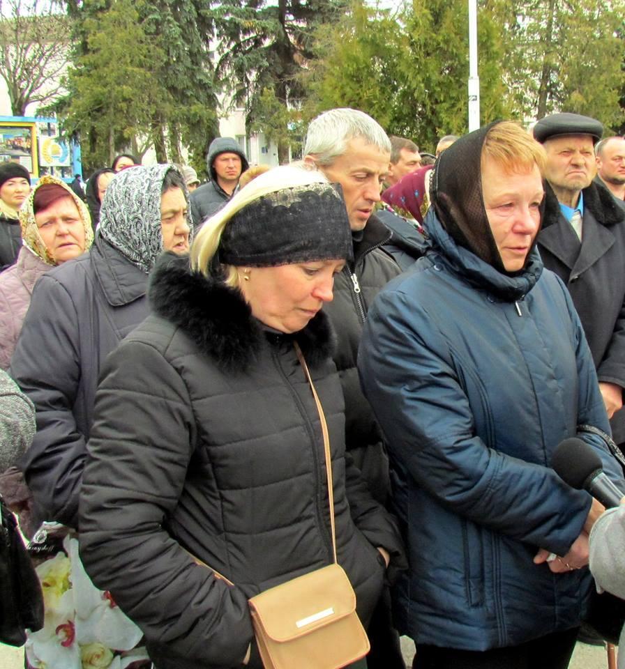 На Винниччине простились с погибшим в зоне боевых действий бойцом (Фото), фото-5