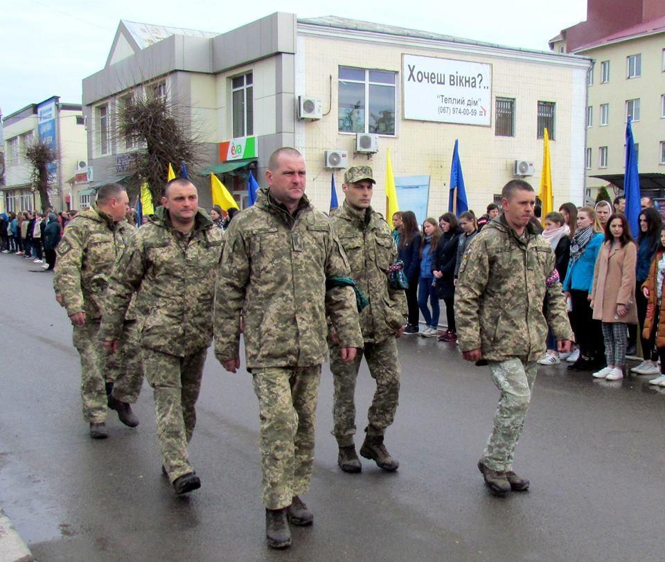 На Винниччине простились с погибшим в зоне боевых действий бойцом (Фото), фото-6