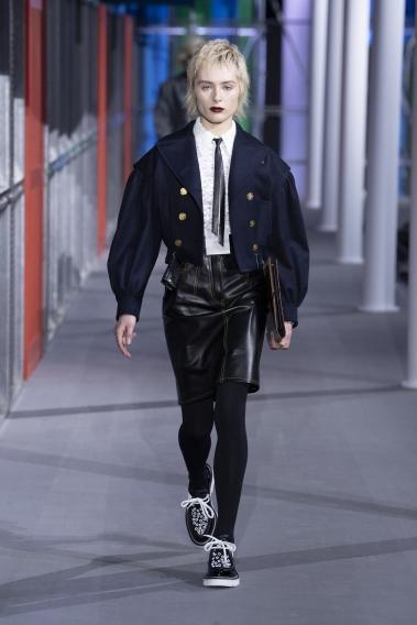 Показ Louis Vuitton закрыл Парижскую неделю моды