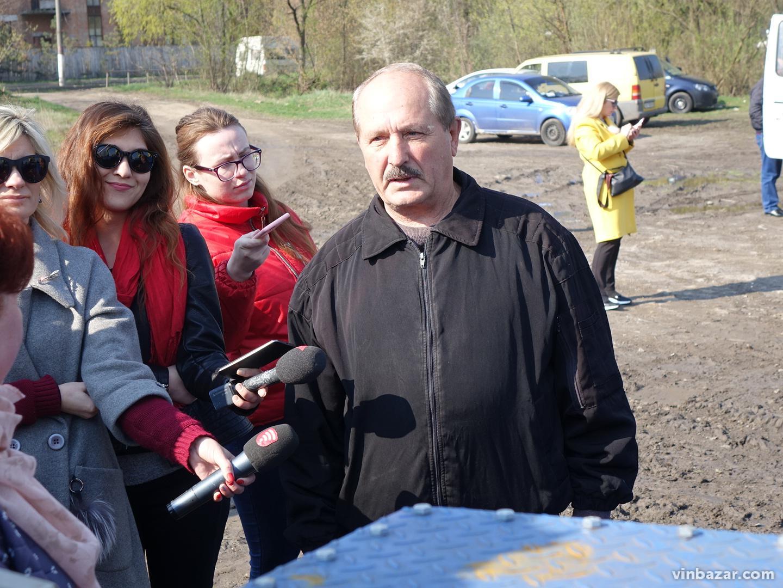 У Вінниці презентували потужний земснаряд (Фото)