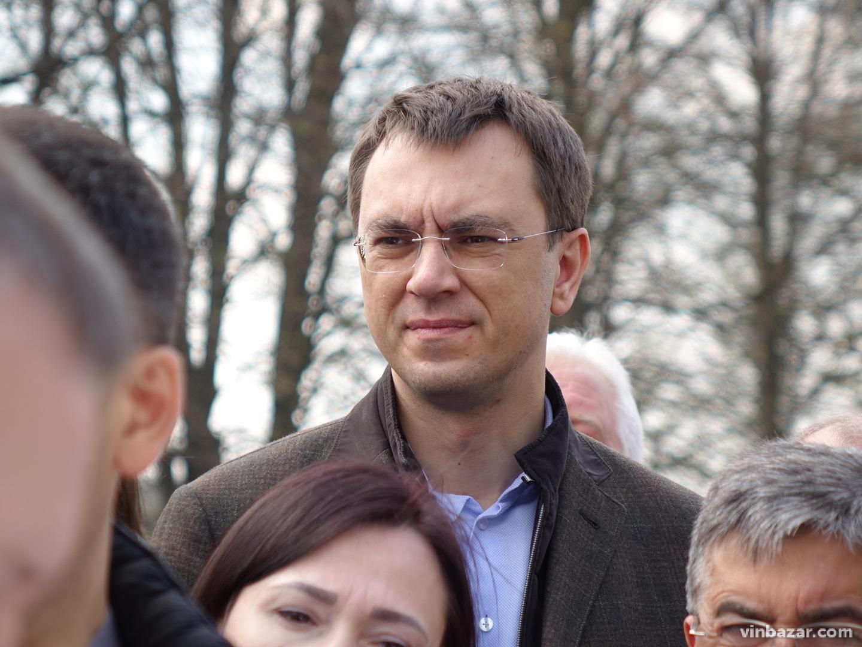 Гройсман приїхав подивитися, як будують трасу під Немировом (Фото)