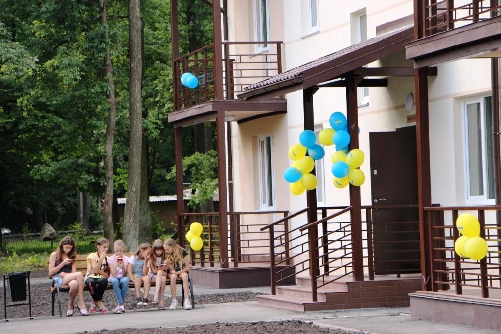 У Калинівці здали будинок для військових, який звели за гроші Roshen (Фото)