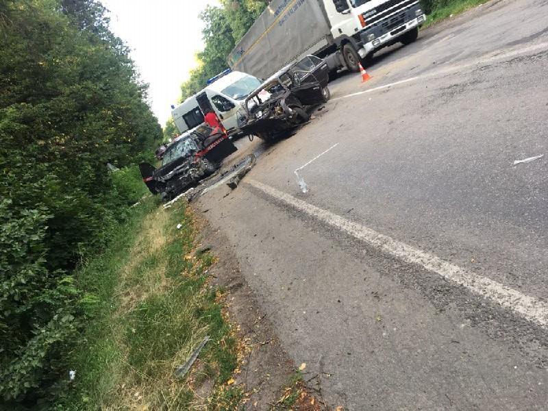 У ДТП біля Брацлава постраждало 9 людей (Фото)