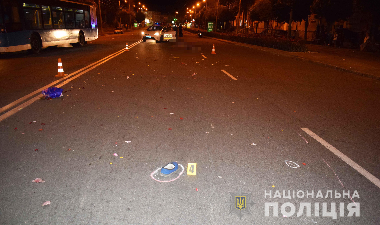 На вулиці Коцюбинського водій насмерть збив жінку-пішохода (Фото)