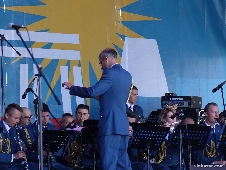 Військові оркестри, історія та інновації. Чим запам'ятався День міста Вінниці 2019 (Фото)