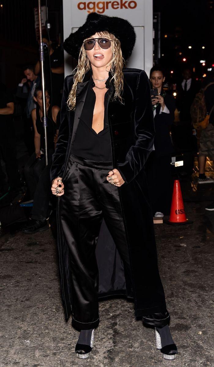 Неделя моды в Нью-Йорке: уроки total-look от Майли Сайрус