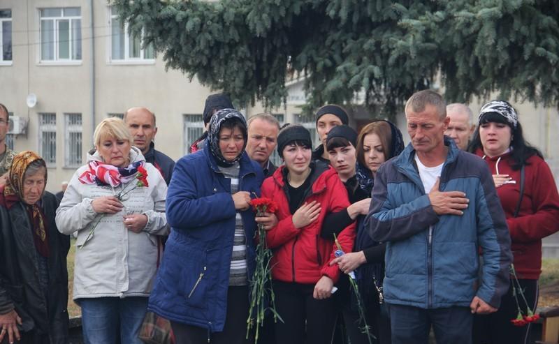 На Вінниччині попрощались із загиблим на Сході України військовослужбовцем (Фото)
