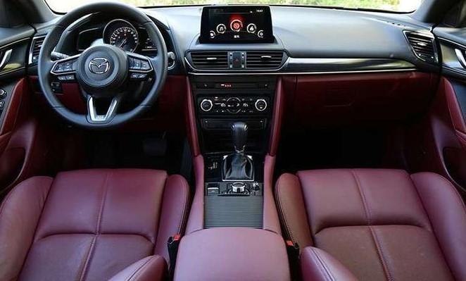 Mazda представила более стильный кроссовер на базе CX-5
