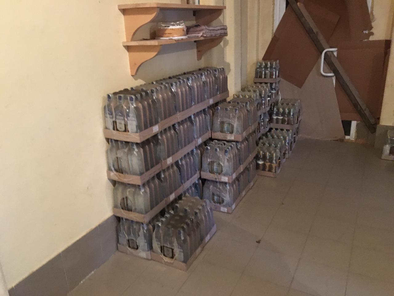 У Вінниці виявили склад з фальсифікованим алкоголем (Фото)