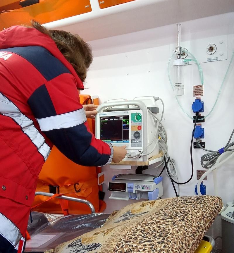 Вінниччина отримала п'ять сучасних автомобілів швидкої допомоги (Фото)