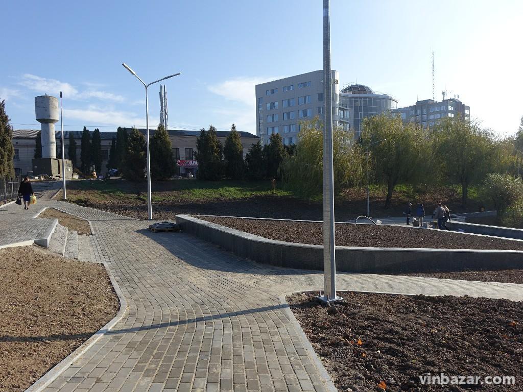 У Вінниці завершують реконструкцію озера на Максимовича (Фото)