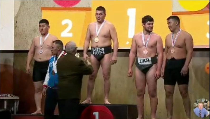 Спортсмен з Вінниці зайняв I місце у кубку Європи з сумо (Фото)