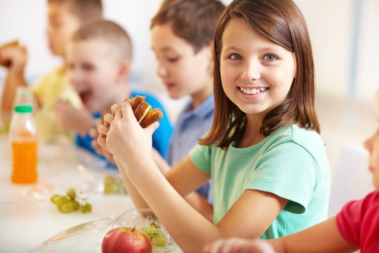Какой обед положить ребенку в ланч-бокс в школу