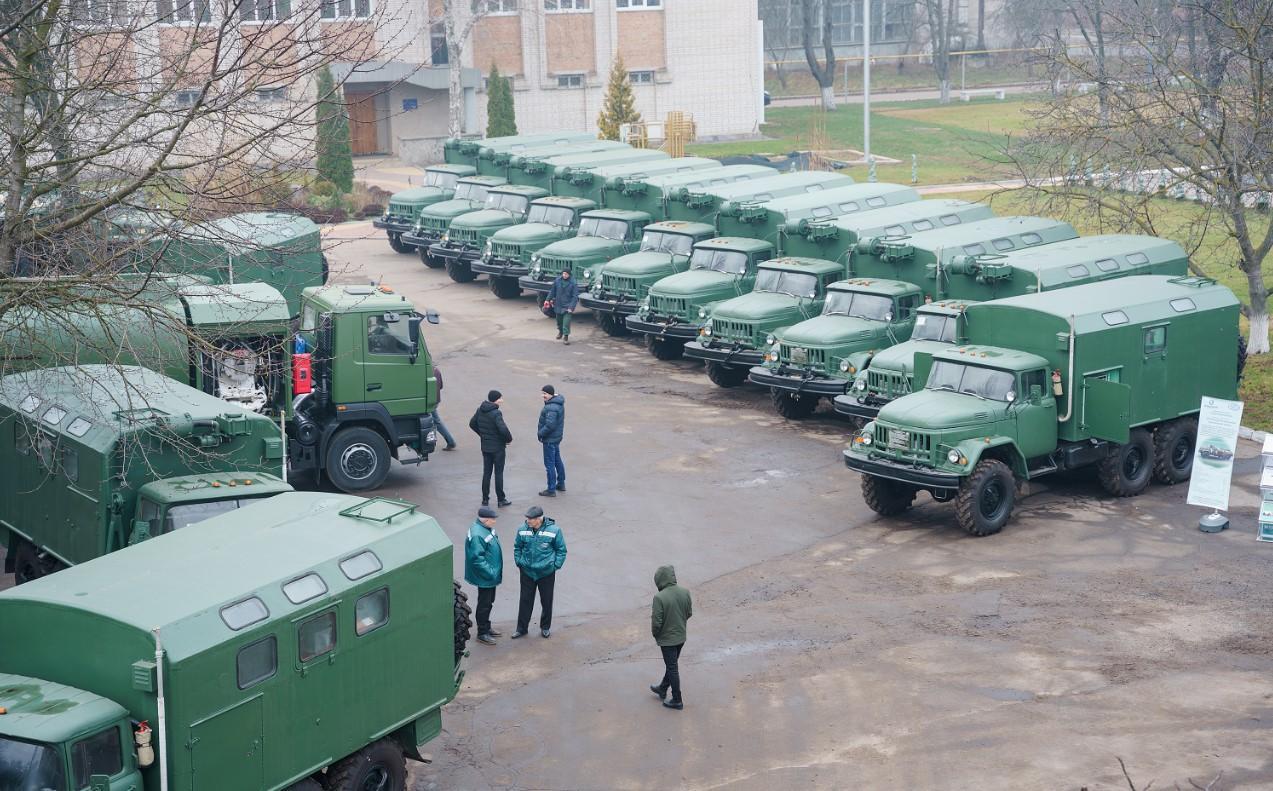 У Вінниці виготовили перший в Україні паливозаправник для літаків (Фото)
