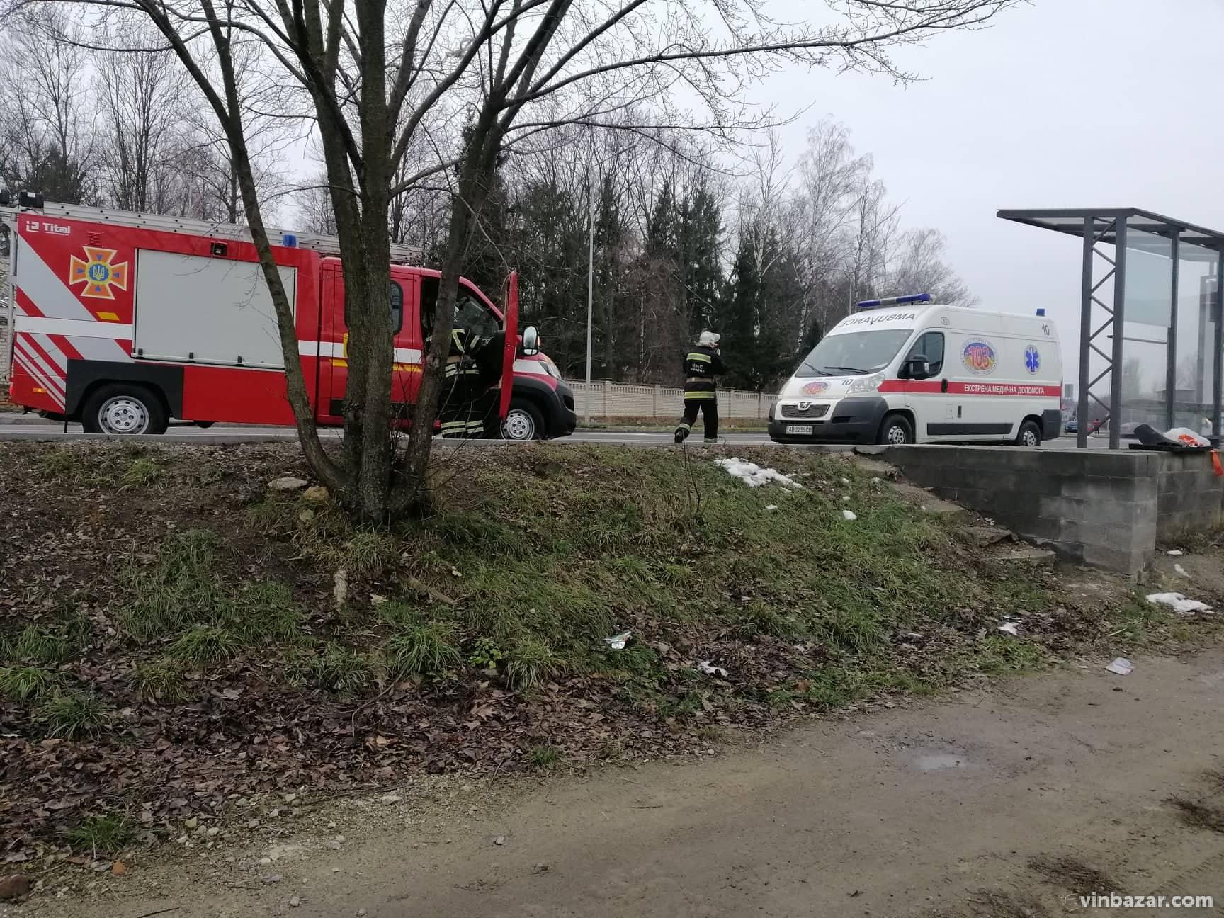 Карколомна ДТП на Пирогова потрапила на запис камер спостереження (Фото+Відео)