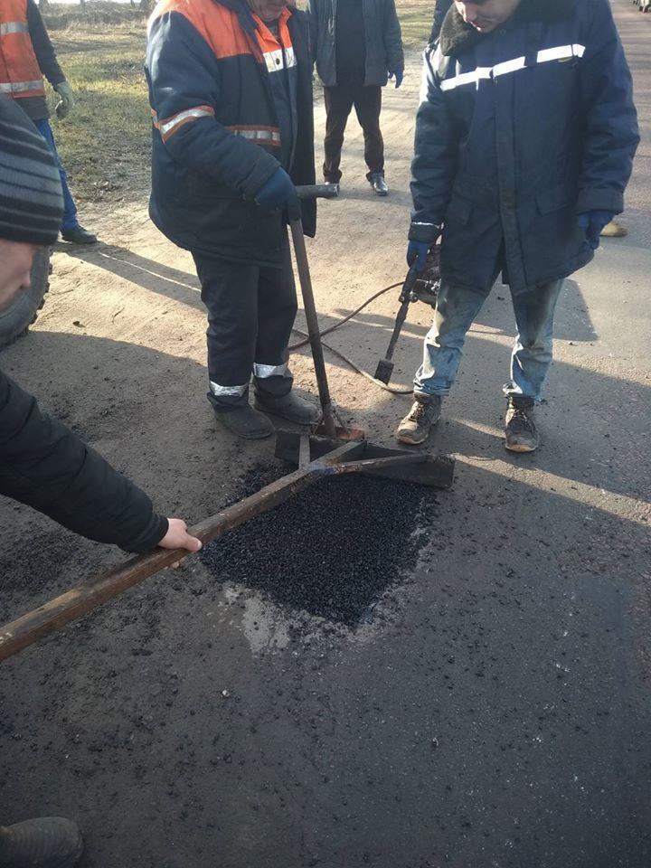 На Вінниччині з початку року ліквідували майже 6 тисяч квадратних метрів ямковості (Фото)