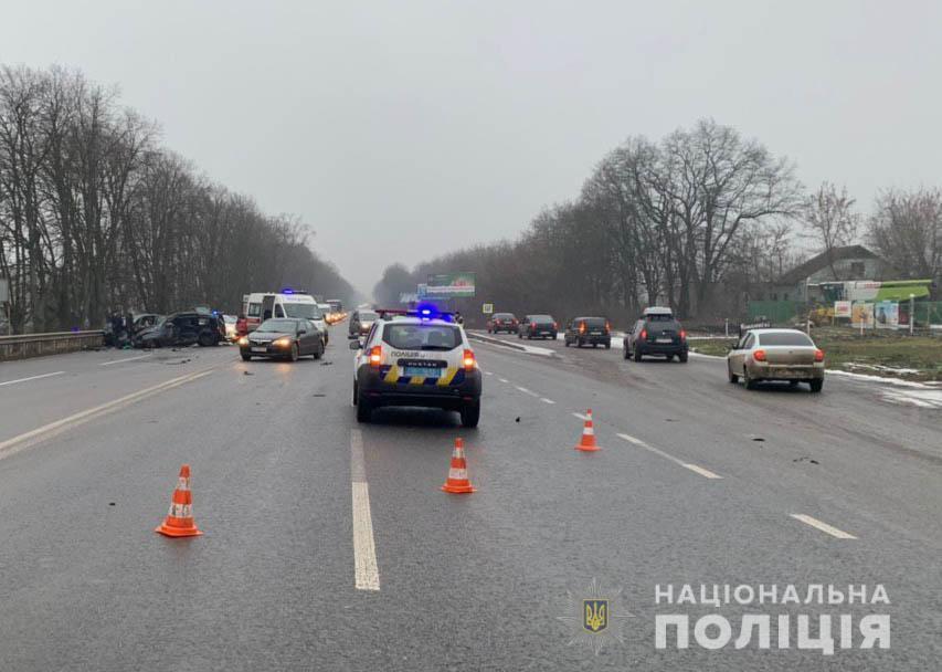 Потрійна ДТП у Вінницькому районі. Одна людина загинула (Фото)