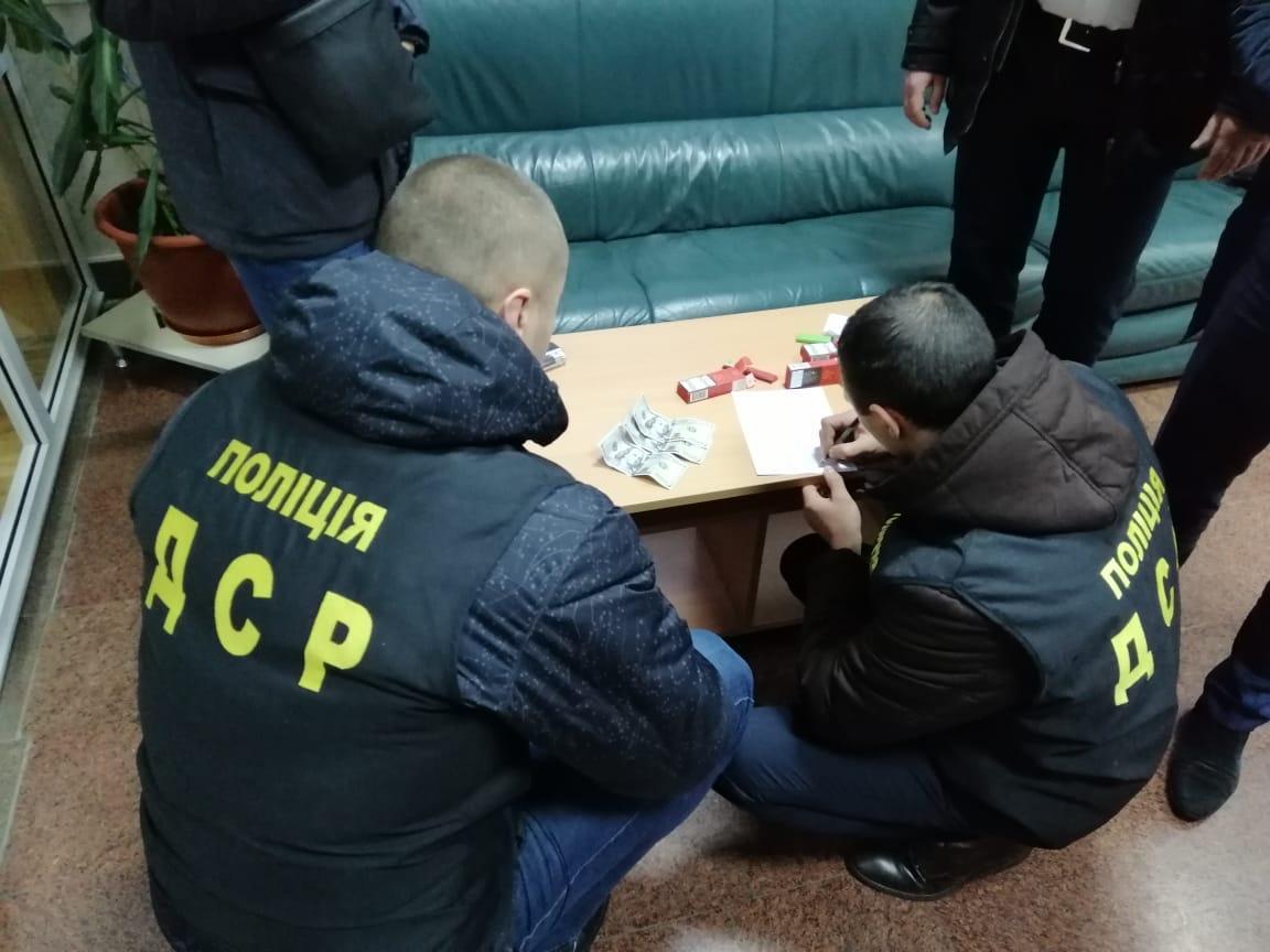У Вінниці затримали на хабарі депутати обласної ради (Фото)