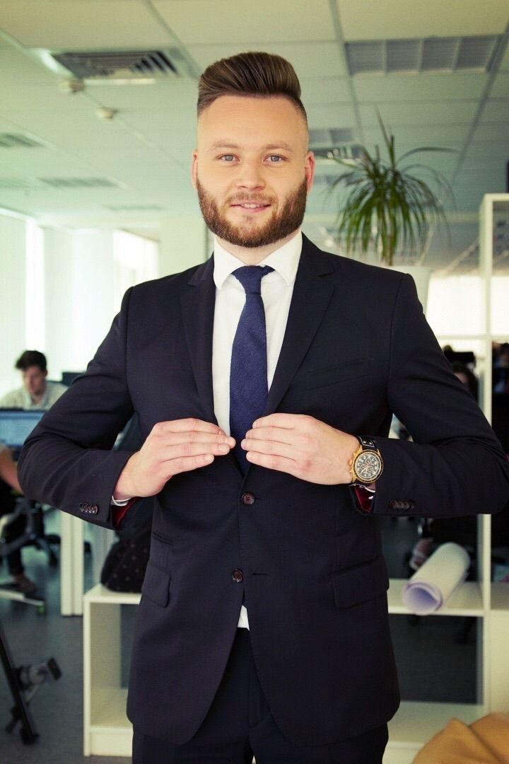 Відомий медійник з Вінниці почав вести ранкове шоу на NewsOne (Фото)