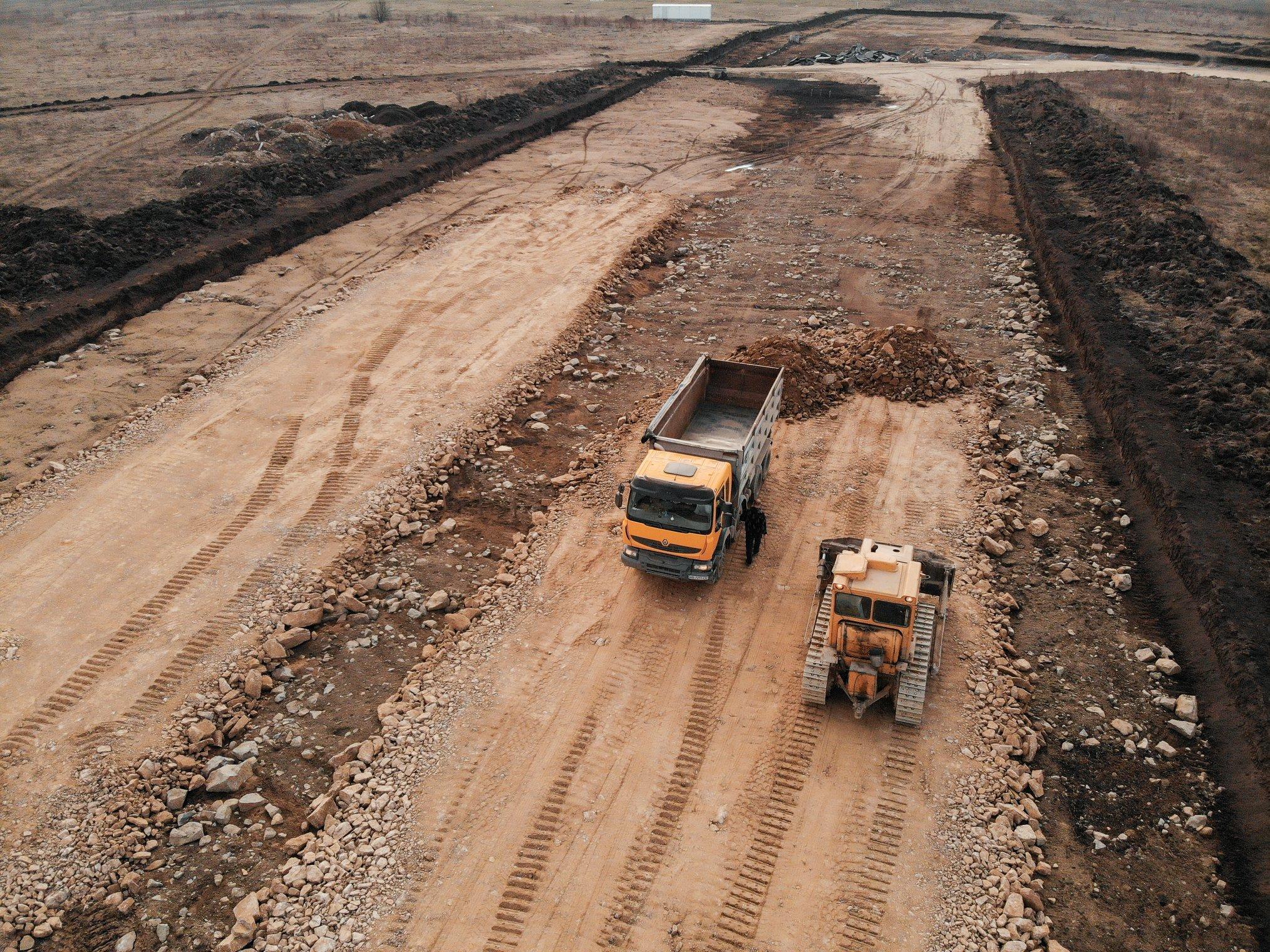 У Вінниці відновили будівництво дороги до індустріального парку (Фото)