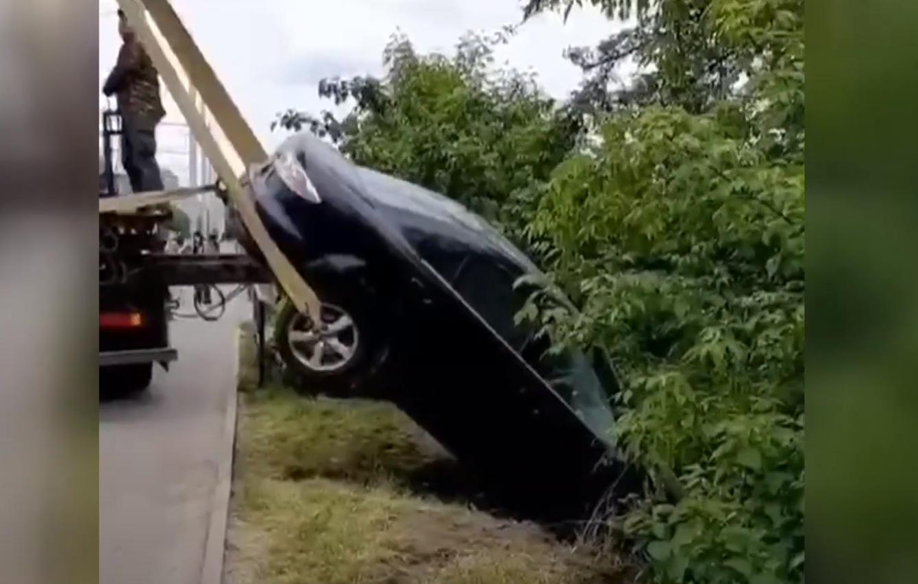 Моторошна ДТП на Київському мосту: оприлюднили запис з камер спостереження (Фото+Відео)