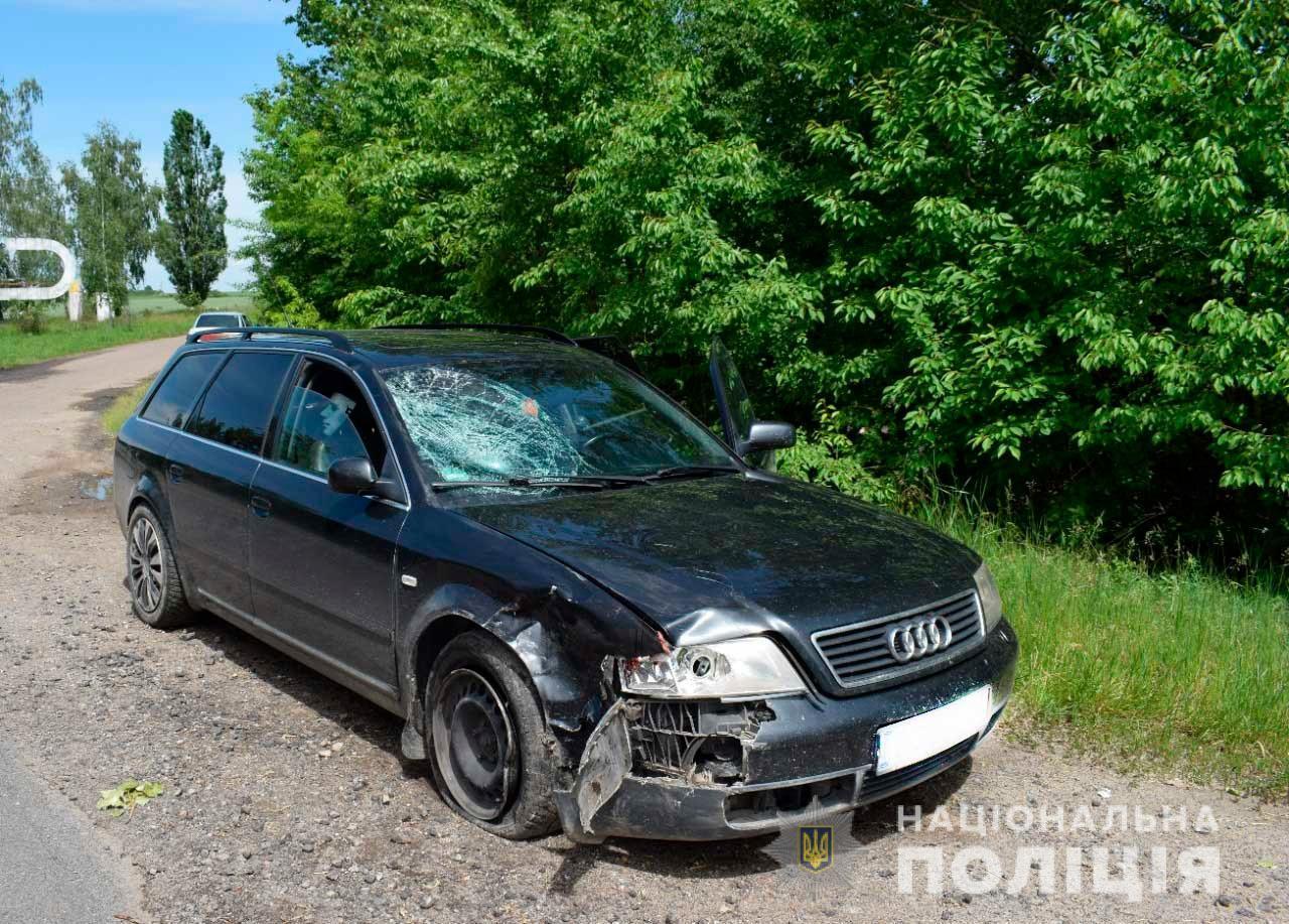 На Вінниччині водій мопеда загинув після зіткнення з Audi (Фото)