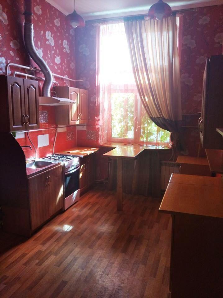 У Жмеринці придбали квартиру хлопцю-сироті, який служив у зоні АТО/ООС (Фото)