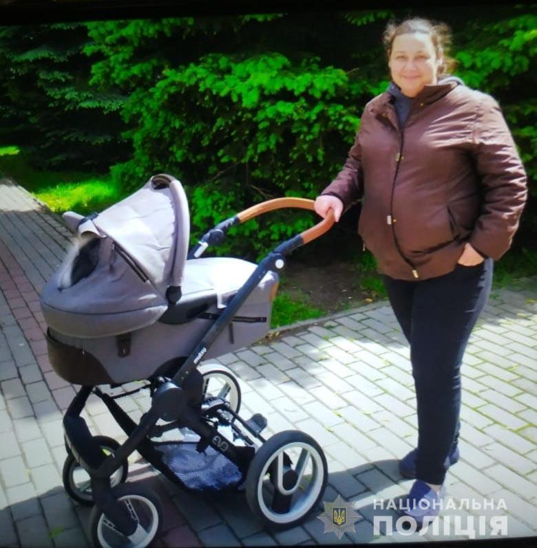 У Вінниці розшукують жінку з немовлям (Фото)