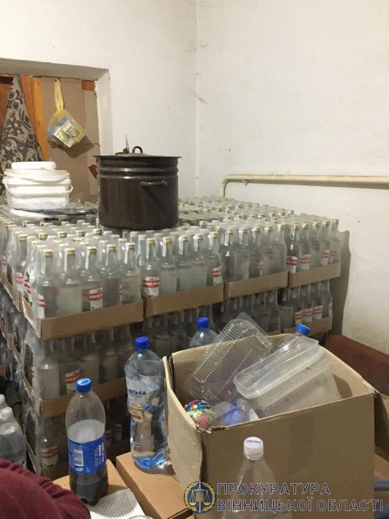 У Вінницькому районі виявили склад з фальсифікатом на пів мільйона гривень (Фото)