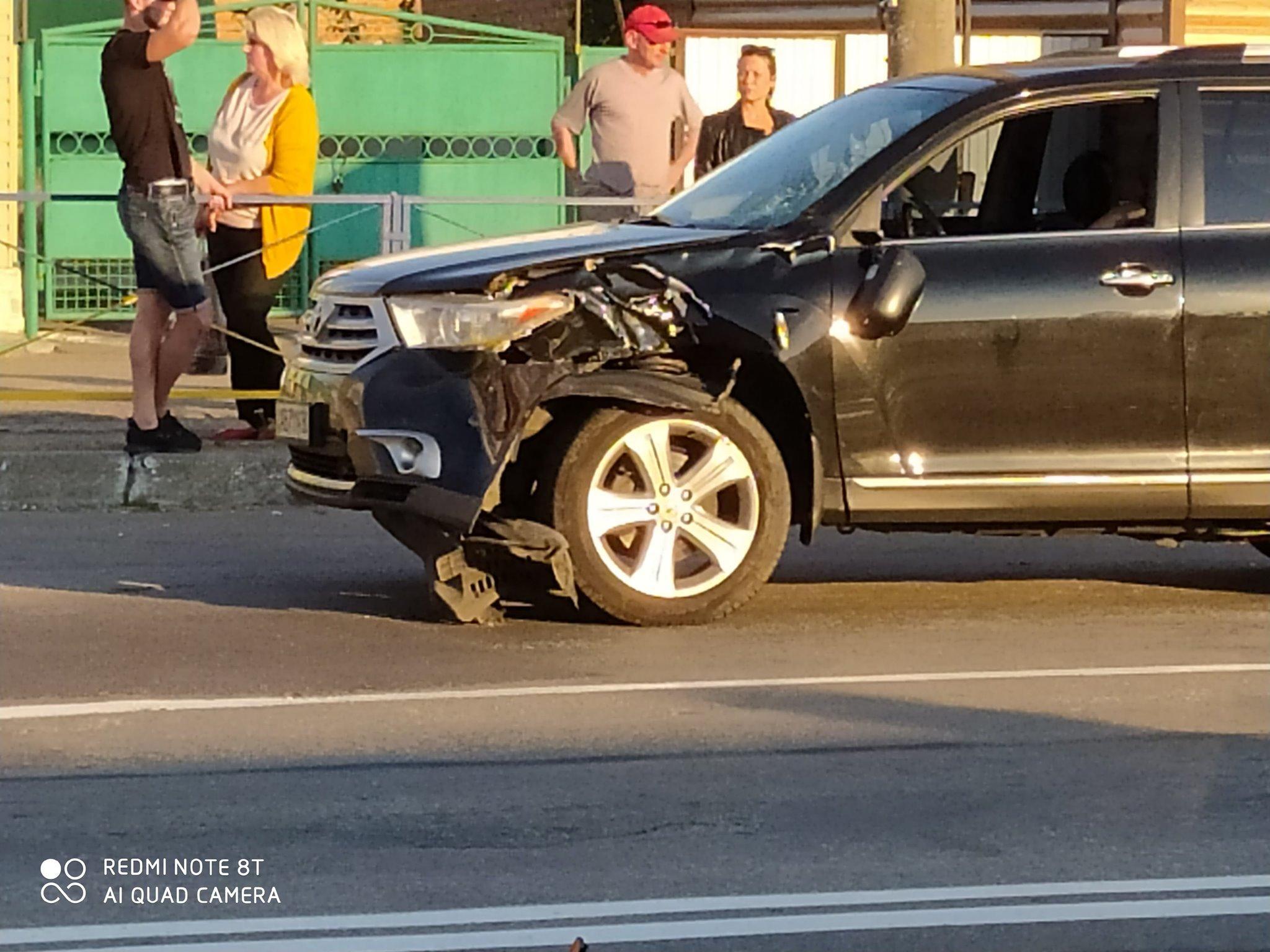 У Козятинському районі 20-річний водій на позашляховику збив жінку. Потерпіла померла, хлопець в ізоляторі (Фото)