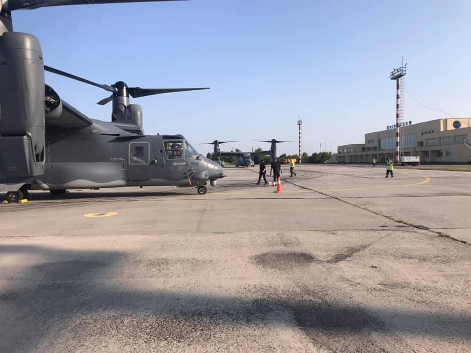 У Вінниці приземлилися військові літаки НАТО (Фото)