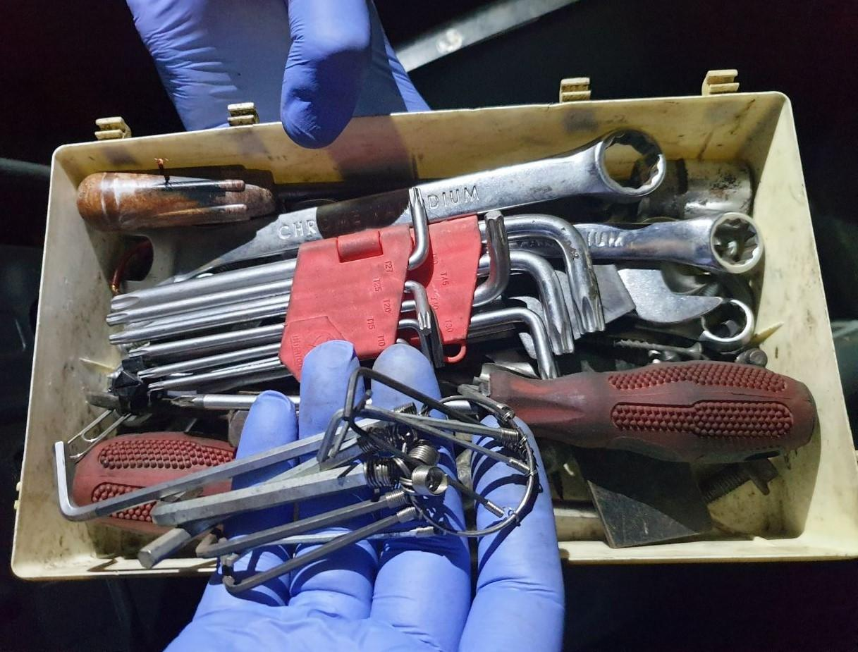 Затримали банду квартирних злодіїв з Маріуполя, яка орудувала на Вінниччині (Фото)