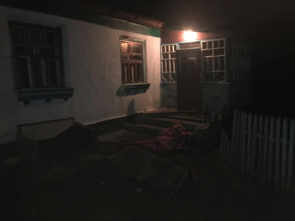 У Барському районі під час пожежі загинув батько з дочкою (Фото)