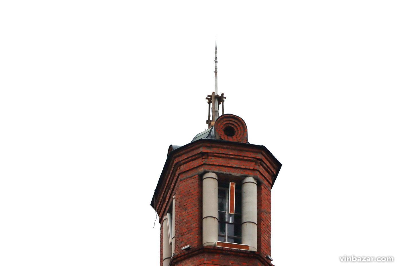 На Вежі замінюють прапор Вінниці (Фото)