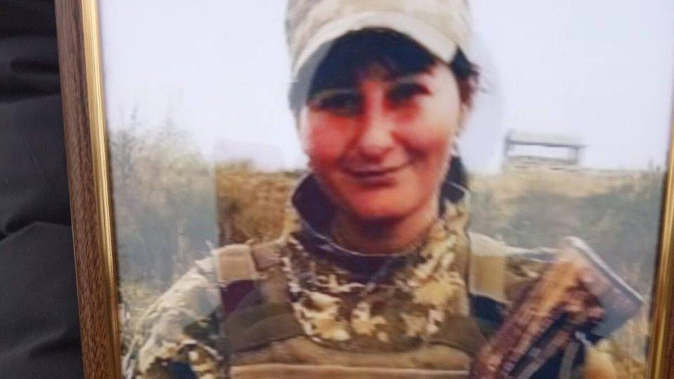 У Вінницькій області поховали 29-річну військову, яка померла на Донбасі. У жінки залишилося двоє малолітніх дітей