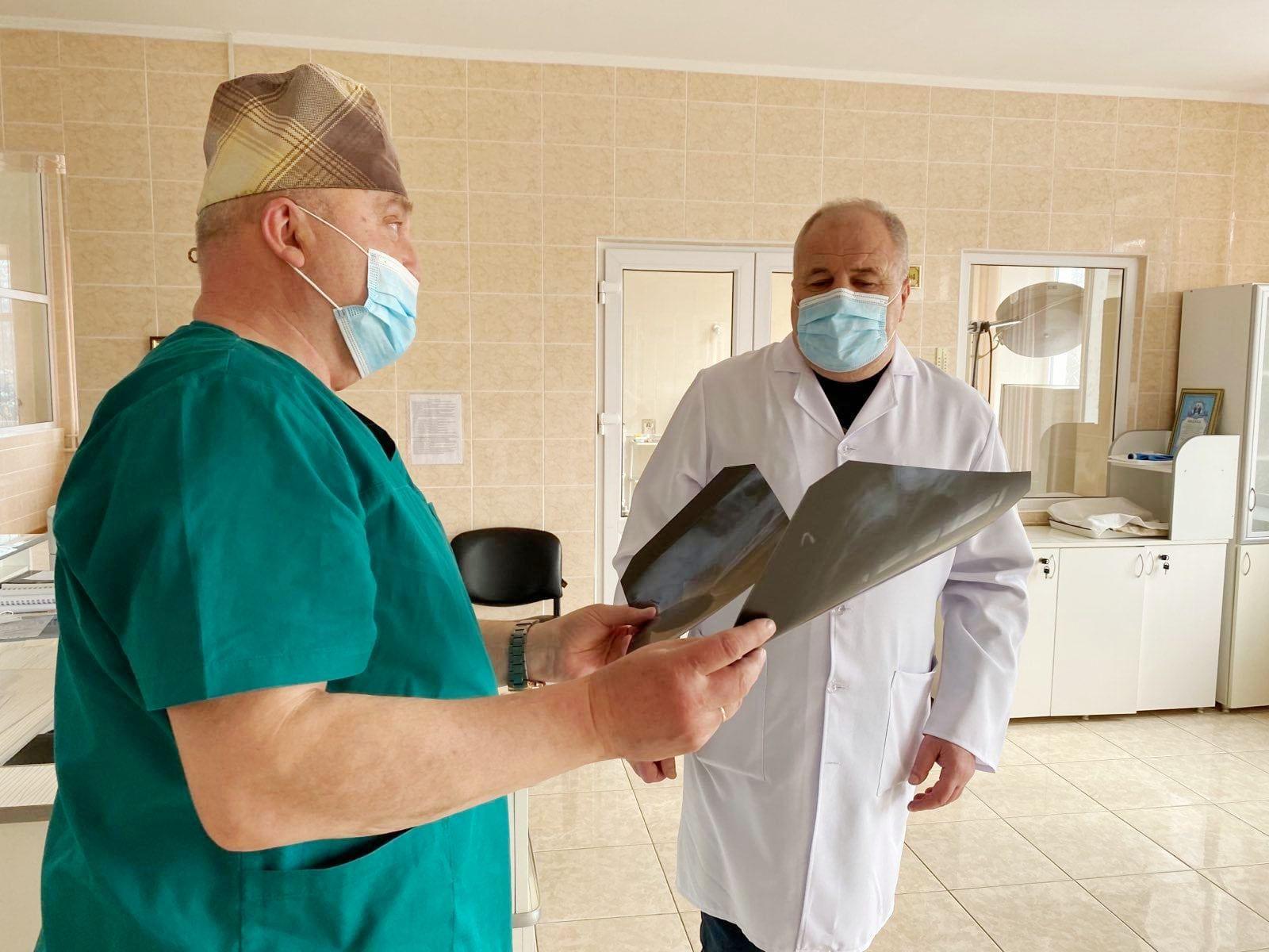 Трирічний Павлик з Вінниччини, якого минулого року врятували від коронавірусу, знову в лікарні (Фото)