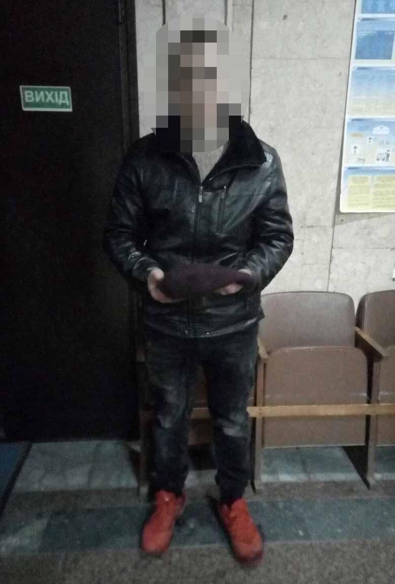 У Калинівці за вечір молодик напав та намагався зґвалтувати двох жінок