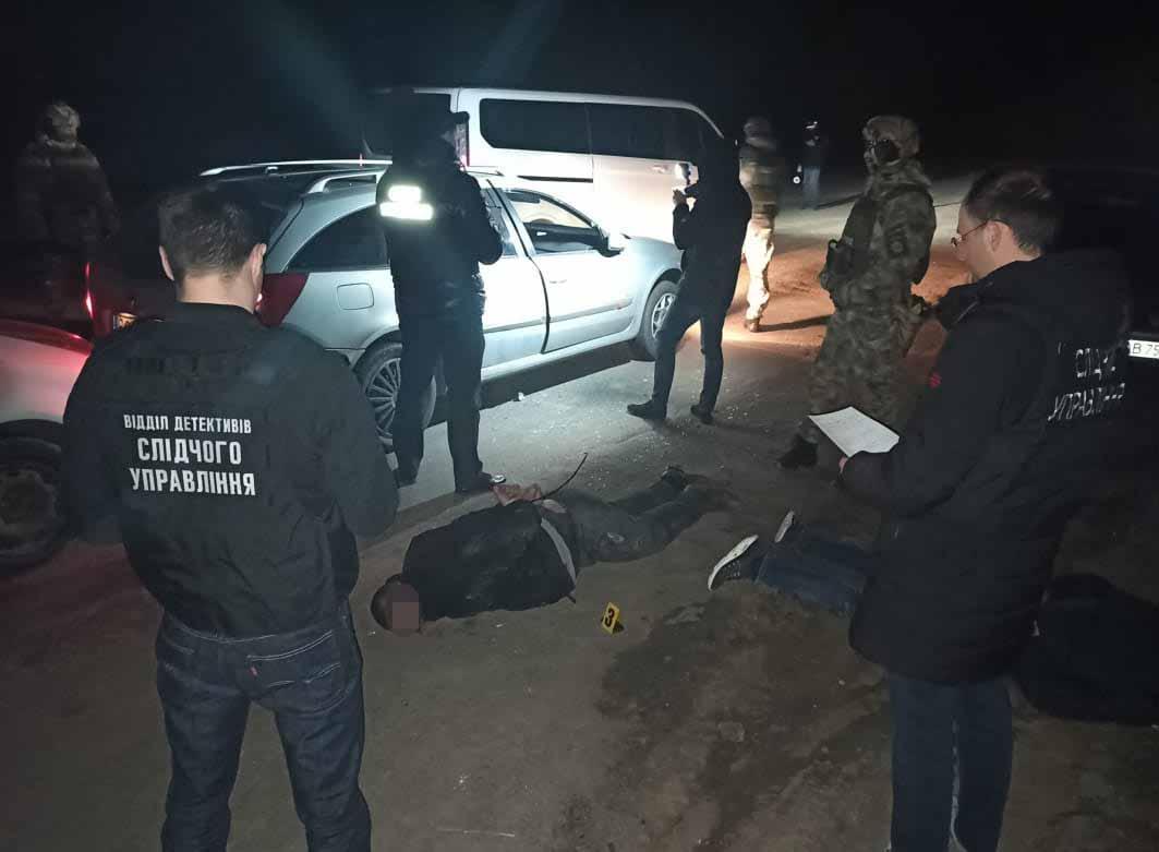 На Вінниччині затримали банду, яка організувала канал постачання наркотиків до колоній (Фото)