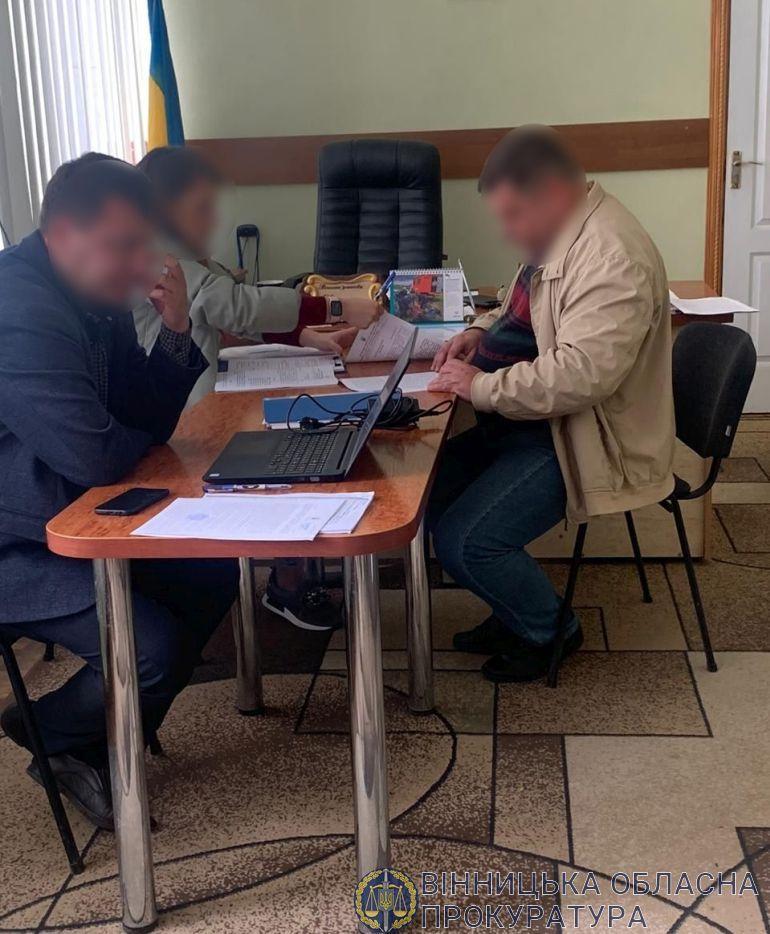 На Вінниччині співробітник колонії відбирав частину заплати у засуджених (Фото)