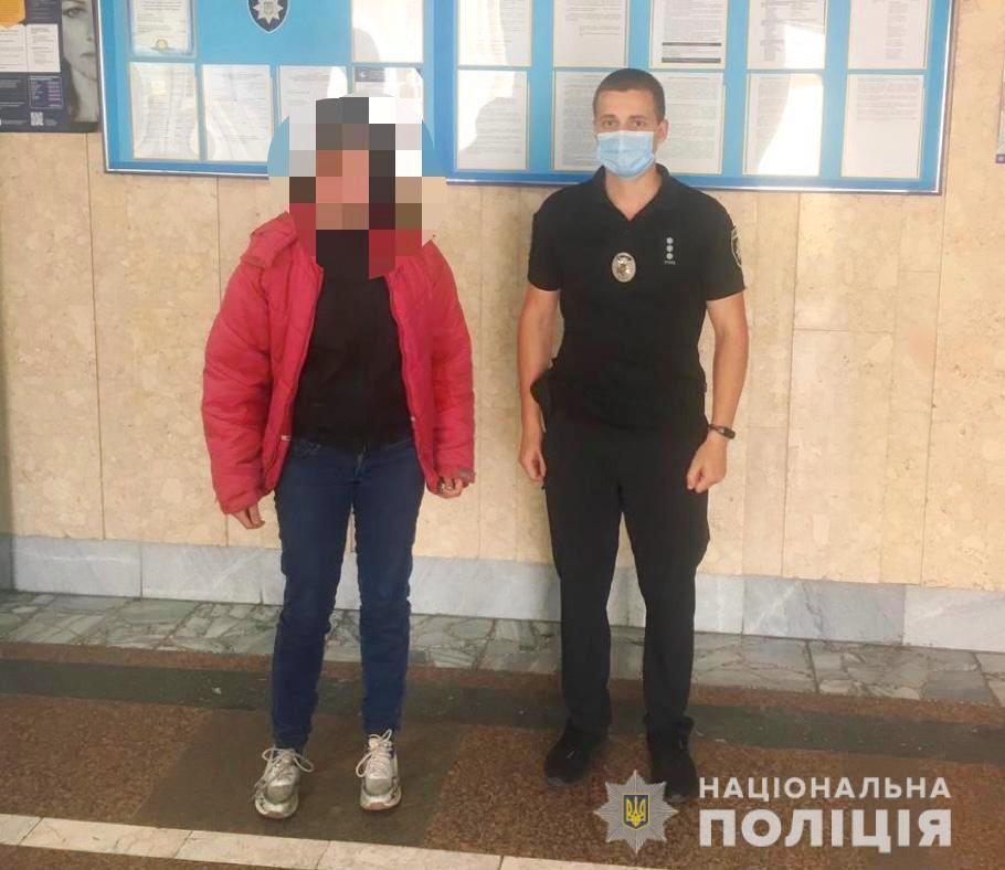 На Вінниччині розшукали 14-річну дівчинку. Дитина ночувала в лісопосадці