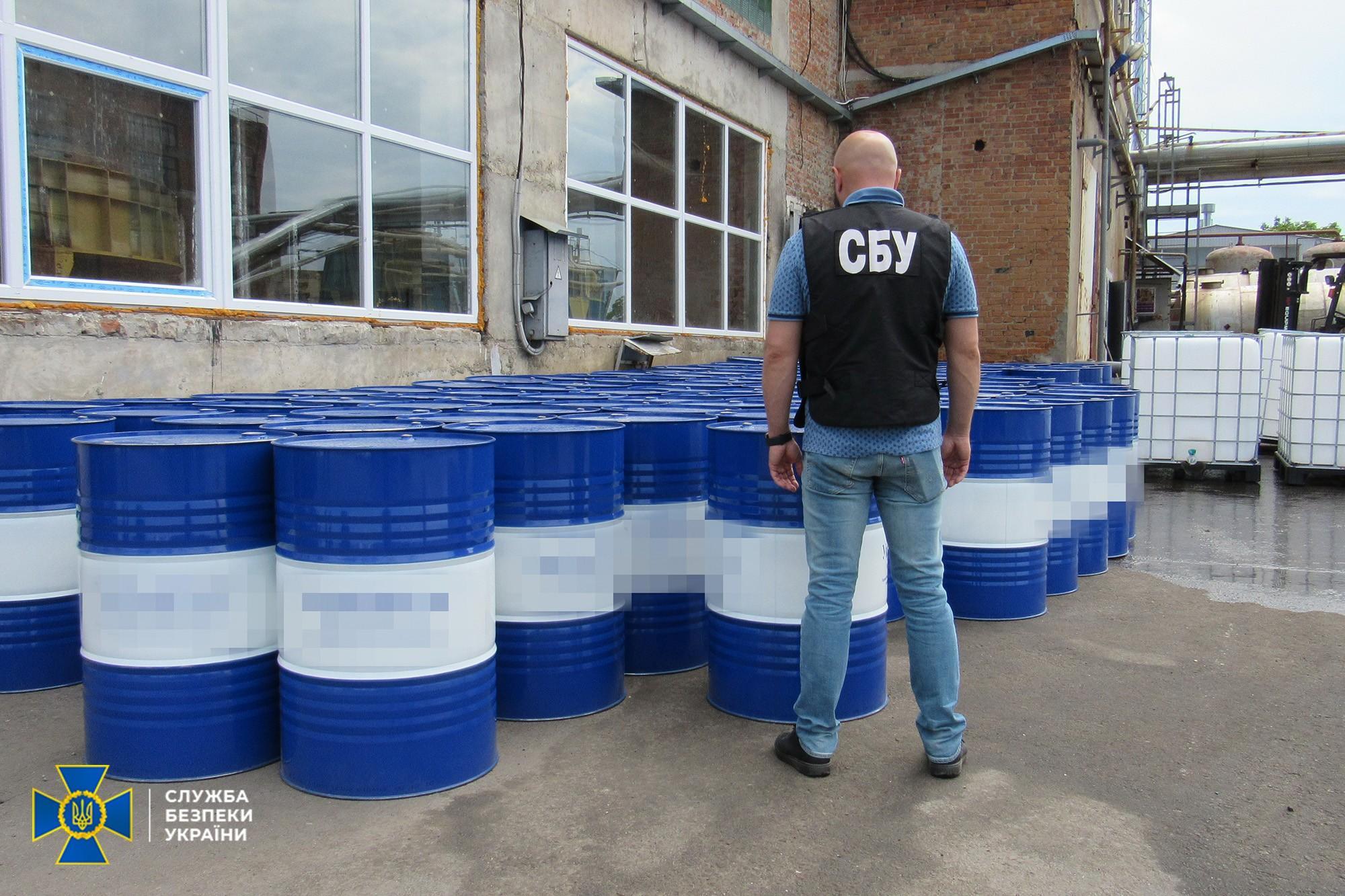 На Вінниччині підприємство роками захоронювало токсичні відходи біля сіл. СБУ виявила зв'язок з РФ (Фото+Відео)